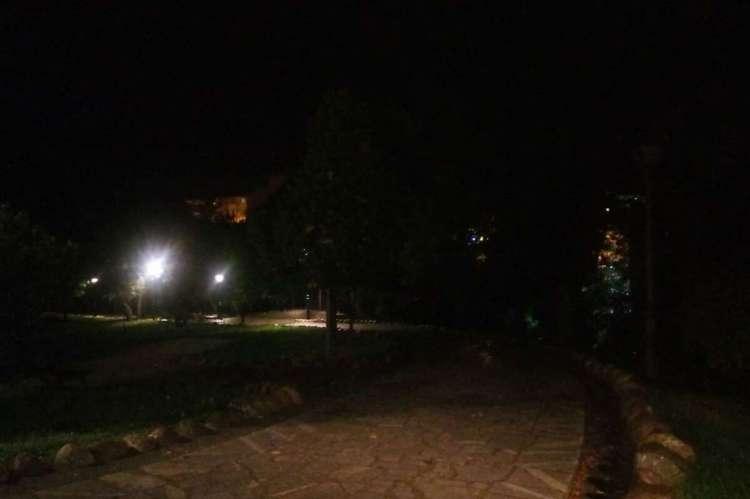 Zona oscura en el Parque de La Aliseda