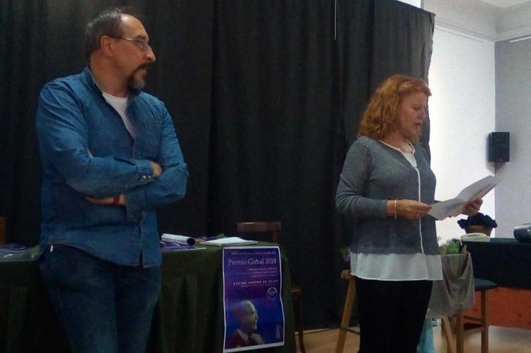 Jose Muñoz y Carmen Carpio durante el apresentación en el Casino Obrero