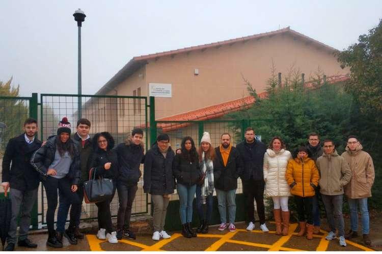Miembros de las Juventudes Socialistas en la localidad de La Alberca