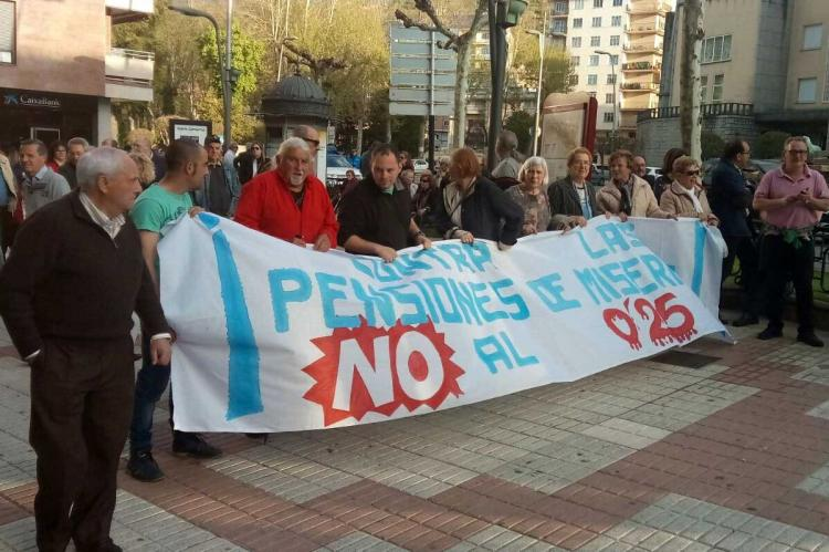 Jubilados y clase obrera se manifiestan en Béjar, en demanda de pensiones dignas