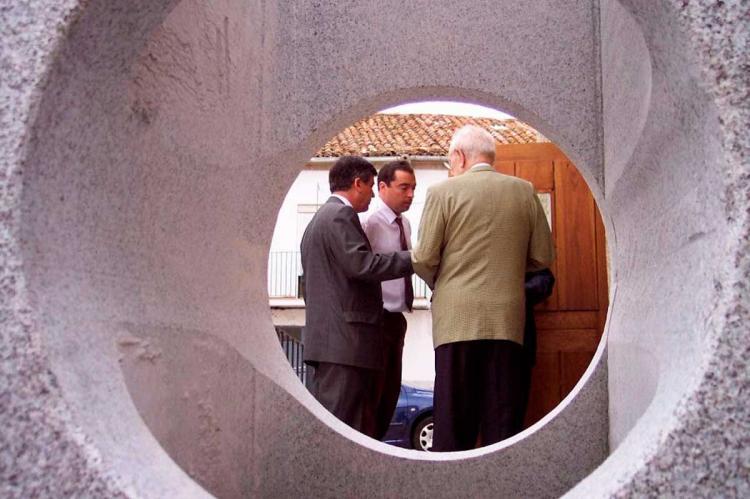 Inauguracion del museo judío desde la Mezuza del mismo