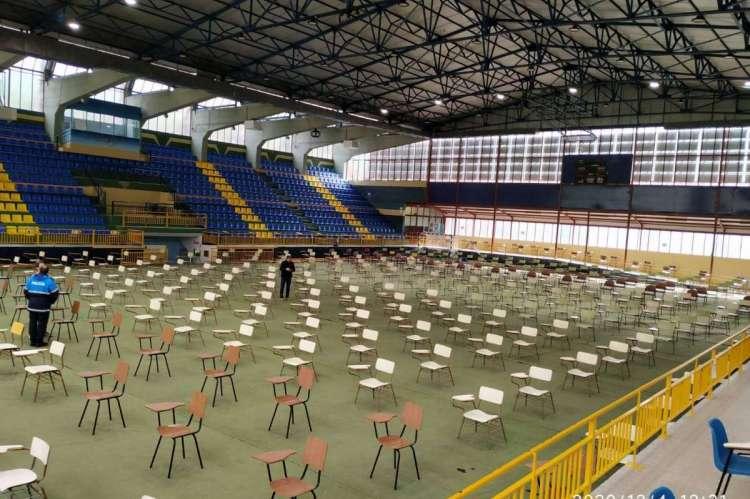 Pabellon preparado para recibir a los candidatos de la ultima convocatoria de Policias Locales