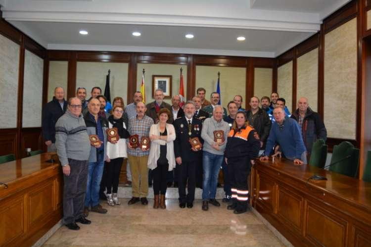 Policías locales recientemten jubilados a los que se les reconoció su trabajo