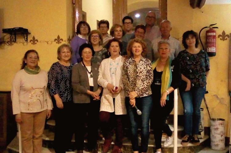 Mujeres premiadas en el campeonato de chinchón del Casino Obrero