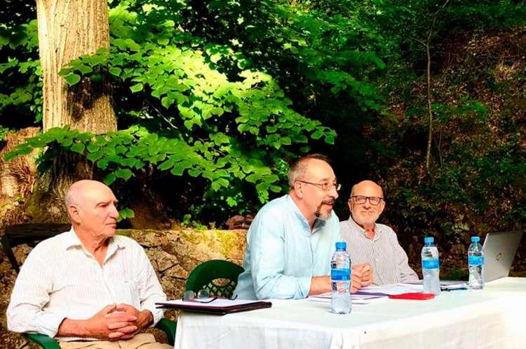 Presentación del libro de Lola González Canalejo. Antonino González Canalejo, José Muñoz Domínguez y el catedrático Enrique Cámara de Landa