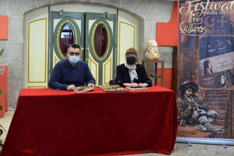 Presentación de las actuaciones en el Teatro Cervantes