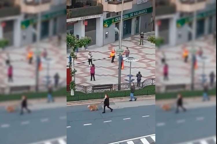 Imagen extraida de uno de lso videos de las protestas en La Corredera