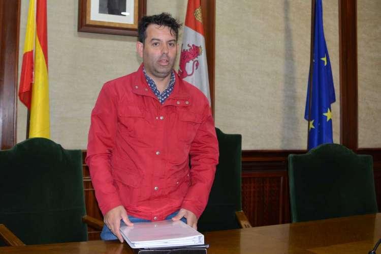 Raúl Rodríguez durante la presentación