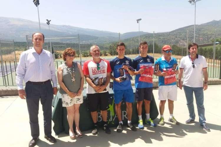 Premiados en el Torneo de Tenis