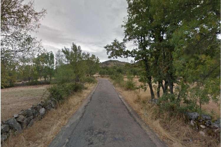Tramo de la carretera para la que los vecinos reclaman la intervención de la Diputación