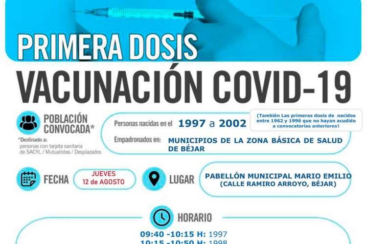 Cartel con texto vacunación covid-19 en Béjar, 12 de agosto