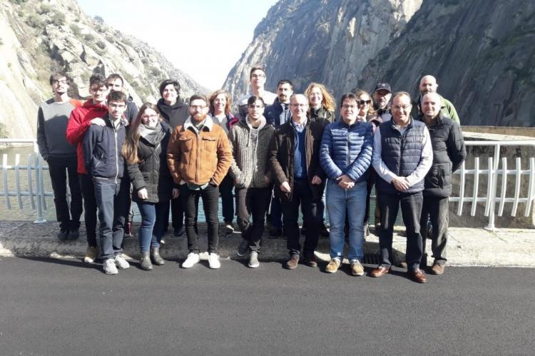 Participantes en el viaje a Aldeadávila