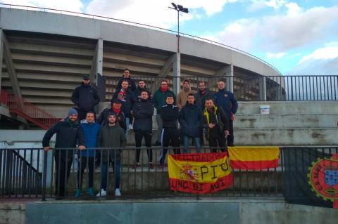Aficionados asistentes al partido Bejar Industrial Mojados. FOTO Twitter Bejar Industrial