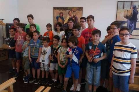 Participantes de la Escuela de Ajedrez en los Juegos Escolares