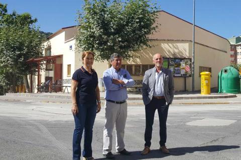 Purificación Pozo, Alejo Riñones y Alejandro Romero en González Macías