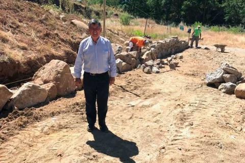 Alejo Riñones posa en las obras de el recinto ferial
