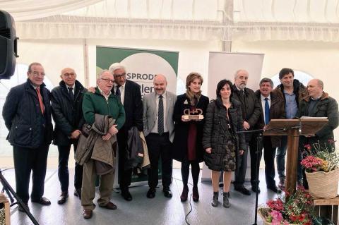 Entrega del premio CERMI a Asprodes Salamanca en Béjar.