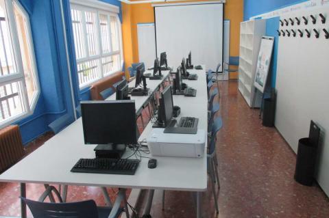 Aula de informática del Centro de mayores de Béjar