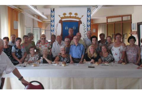 Foto de familia durante la celebración de El Bejarano Ausente en el Centro de Día