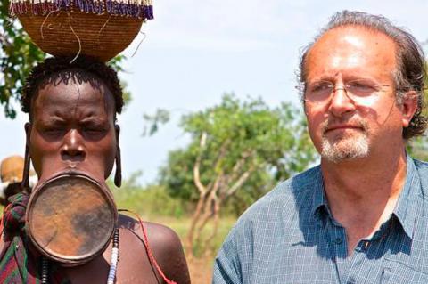 Luis cuadrado durante una de sus acciones en África
