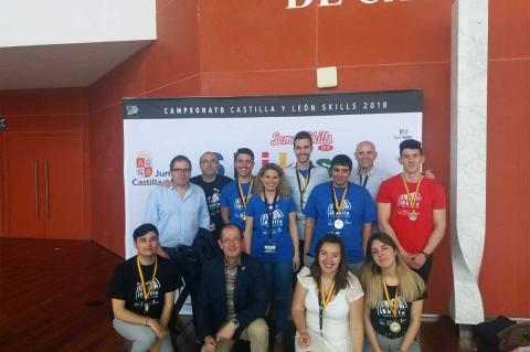 """Galardonados del CIFP Ciudad de Béjar en los en los campeonatos regionales de FP """"Castilla y León Skills 2018"""""""