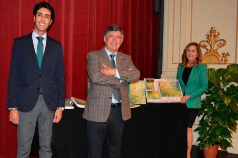 Concejales presentan expediente Fiesta de Interés turístico Internacional