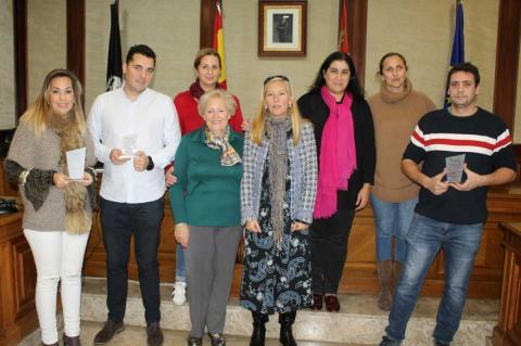 Entrega de premios del concurso de escaparates de la lucha contra el cáncer