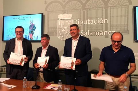 Ignacio Coll, Alejo Riñones, Julián Barrera y Óscar Rivadeneyra durante la presentación del libro en la Diputación de Salamanca