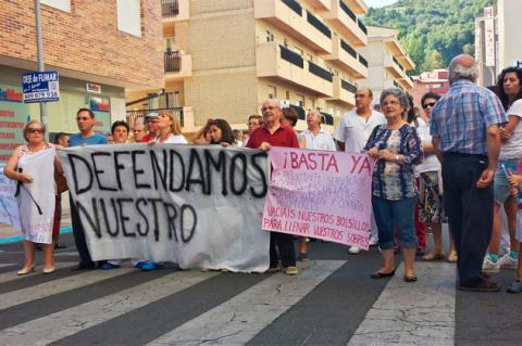 Manifestación frente al hospital de Béjar