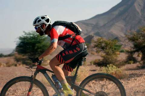 Moisés Dueñas en la quinta etapa de la Titan Desert