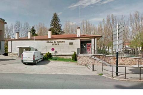 Exterior de la oficina de turismo de Béjar