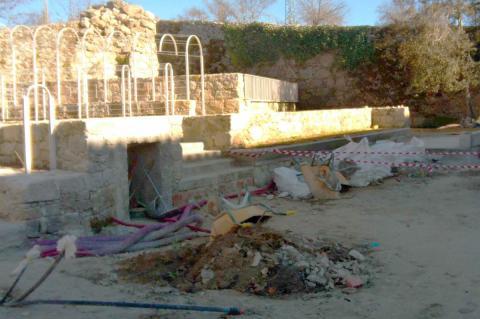 """Aspecto de las obras realizadas en el """"jardín"""" al norte del palacete. (Foto: San Gil)"""