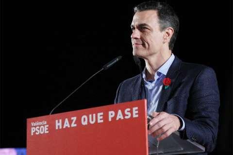 Pedro Sánchez en un mitin de campaña
