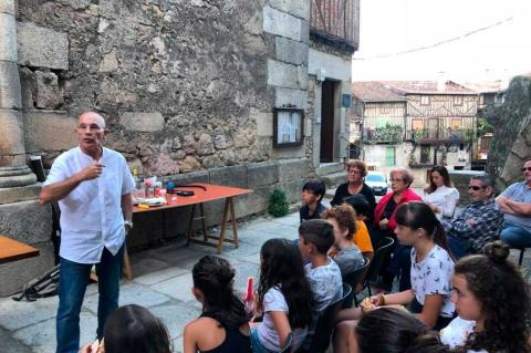 Santiago Velasco, en el Solano de Mogarraz, Imagen FB de Alcaldesa de Mogarraz