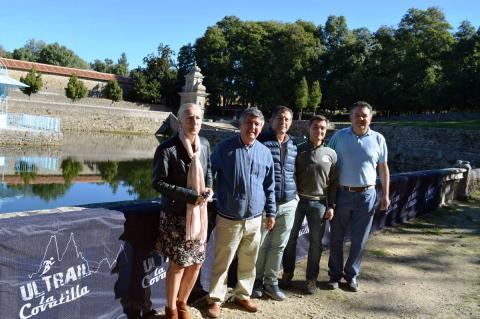 Mª del Castañar Rodilla, Alejo Riñones, Raúl Hernández, Pablo Hernández y Alberto Ramírez en El Bosque durante la presentación de la prueba