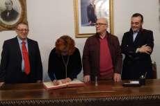 Concurso Literario del Casino Obrero de Béjar, firma en el libro de honor