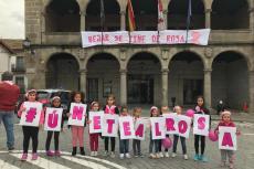 Marcha rosa por las calles de Béjar
