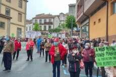 Asistentes a la concetración en defensa de las sanidad de Béjar y comarca