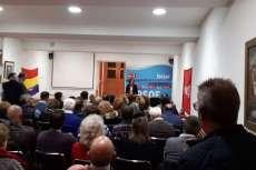 Reyes Maroto en la sede del PSOE de Béjar