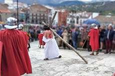 Jesús cargando con la cruz